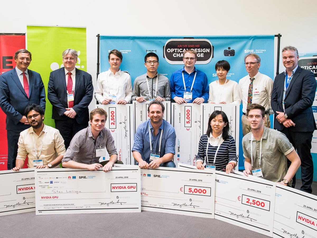 Student Optical Design Challenge für Virtual Reality, Augmented Reality und Mixed Reality ins Leben